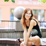 Beautiful woman wearing sunglasses Royalty Free Stock Photography