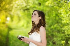 Free Beautiful Woman With Book Royalty Free Stock Photo - 33519945