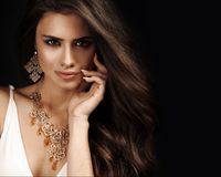 Free Beautiful Woman With Evening Make-up. Stock Images - 32485794