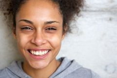 Beautiful young african american woman smiling Royalty Free Stock Images