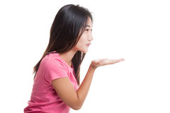 Beautiful young Asian woman blow a kiss.. Royalty Free Stock Photos