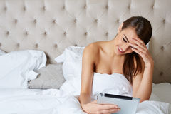 Beautiful young brunette doing some late night Royalty Free Stock Photos