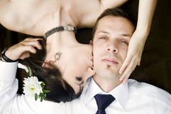 Beautiful young couple kissing Royalty Free Stock Photos