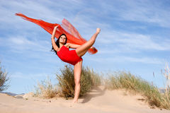 Beautiful young female exercising Royalty Free Stock Photography