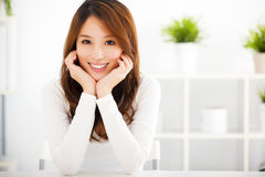 Beautiful young smiling woman Royalty Free Stock Photos