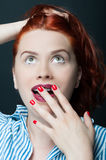 Beautiful young woman looking amazed and surprised Royalty Free Stock Photography