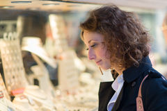 Beautiful young woman shoping downtown Royalty Free Stock Image
