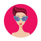 Beautiful young woman with short hair style wearing stylish sunglasses Royalty Free Stock Images