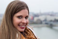Beautiful young woman smiling, friendly smile Royalty Free Stock Photos
