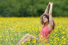 Beautiful young woman stretching Royalty Free Stock Photography