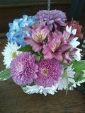 BeautifulBangin& x27; Bright Birthday Bouquet stock images