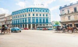 Beautifully återställt hotell Telegrafo över genomskärning av Pase Royaltyfri Foto