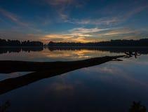 Beautifulsunrise over lake Royalty Free Stock Photos