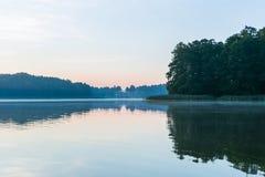 Beautifulsunrise over lake Royalty Free Stock Photography