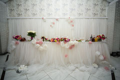 Beautifuly decorated wedding reception table covered with fresh Stock Photos