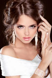 Beauty Bride. Beautiful elegant brunette girl, fashion model pos Royalty Free Stock Images