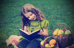 Beauty girl  read book Royalty Free Stock Photo