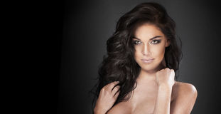 Beauty portrait of brunette woman Royalty Free Stock Photos