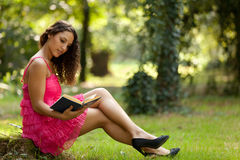 Beauty reading in nature Royalty Free Stock Photo