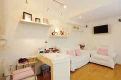Beauty shop. A clean female beauty shop Royalty Free Stock Photos