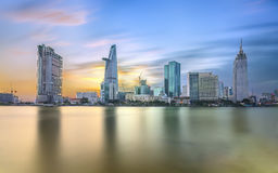 Free Beauty Skyscrapers Along River Light Smooth Down Urban Stock Images - 87483444