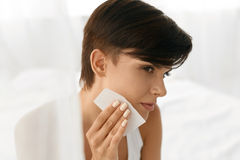 Beauty Woman Cleaning Beautiful Fresh Skin With Absorbing Tissue Royalty Free Stock Photo