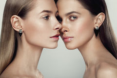 Beautyful-Mädchen mit Akt bilden Stockbilder