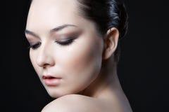 Сторона женщины beautyl с составом Стоковые Изображения