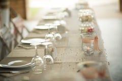 Beaux arrangements de table pour votre mariage Photos stock