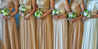 Beaux bouquets de demoiselle d'honneur photographie stock