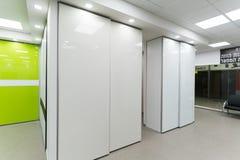 Beaux cabinets de porte coulissante Image libre de droits