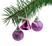 Beaux cadeaux de Noël d'isolement sur le fond blanc Photos stock