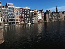 Beaux canaux et architecture d'Amsterdam photo stock