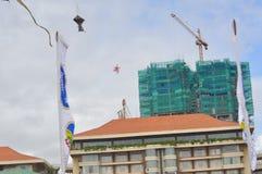 Beaux cerfs-volants sur le ciel Ciel sri-lankais photographie stock libre de droits