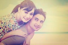 Beaux couples à la côte avec le filtre d'instagram Images stock