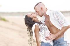Beaux couples dans l'amour Image stock