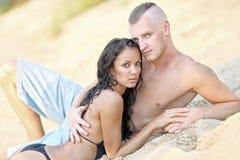 Beaux couples dans l'amour Images stock
