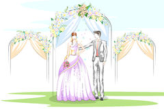 Beaux couples dans la cérémonie de mariage Photographie stock libre de droits