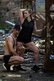 Beaux couples de la danse d'artistes professionnels Photo stock