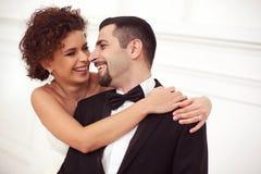Beaux couples nuptiales Photo libre de droits