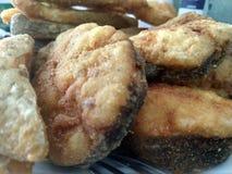 Beaux et délicieux poissons frits de rivière photo stock