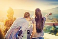Beaux jeunes couples Photos libres de droits