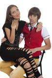 Beaux jeunes couples dans l'amour Photos libres de droits