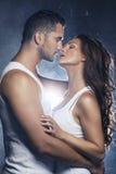 Beaux jeunes couples de sourire Image stock