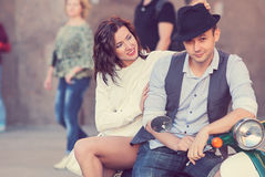 Beaux jeunes couples heureux Image stock