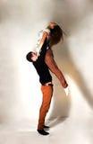 Beaux jeunes couples sur le mouvement Images libres de droits