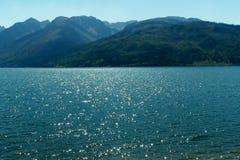 Beaux lac et montagnes photos libres de droits