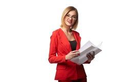 Beaux lunettes de port de sourire de femme d'affaires et dans le r Photos libres de droits