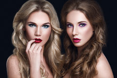 Beaux mannequins de femmes Concept de Haircare Photo stock