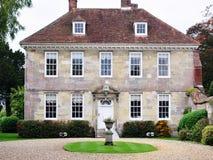 Beaux manoir et jardin photographie stock